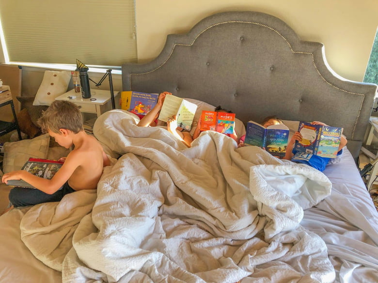 Mom says she banned screens, and now her kids read all the time