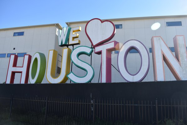 The 5 Best Local Mom Blogs for Houston Parents