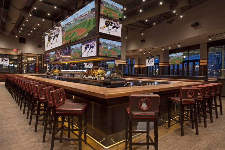 Best Kid Friendly Restaurants To Watch Sports In Boston Tony C S