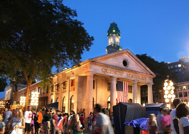 Best Free Things to Do in Boston When Your Kids Say I'm Bored: Faneuil Hall Marketplace and Quincy Market