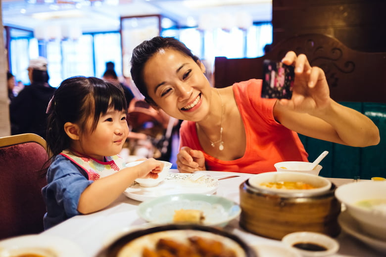 The 10 Best Family Friendly Restaurants In The Twin Cities