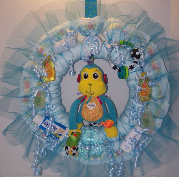 14 baby shower diaper gifts decorations community for Baby boy hospital door decoration