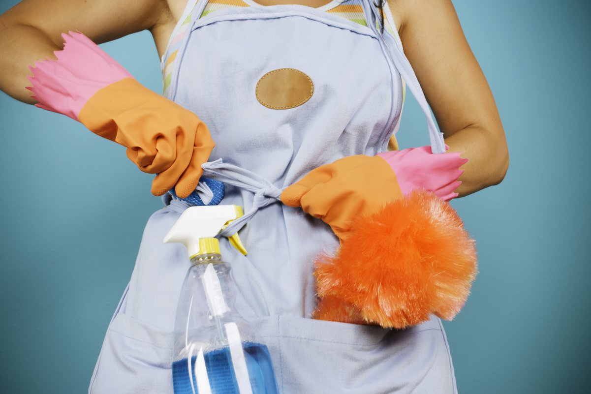 Housekeeping Duties: What You Can Expect From Your Housekeeper - Care.com