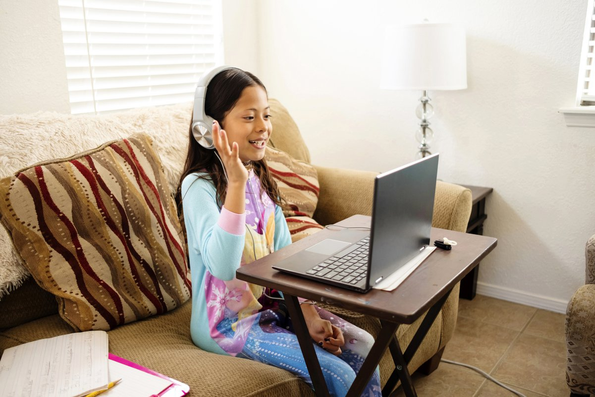 School's Dress Code For Distance Learning Has Many Parents Rolling Their  Eyes - Care.com
