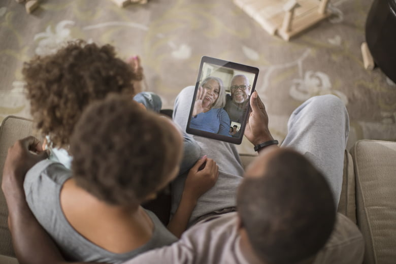 10 ways to manage guilt when caring for elderly parents from afar