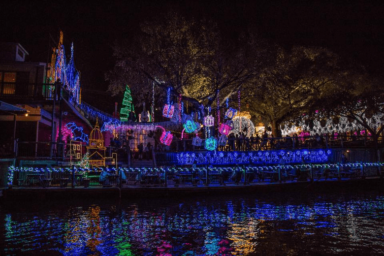 dont miss these austin area spectacular light shows this holiday season - Best Christmas Light Shows