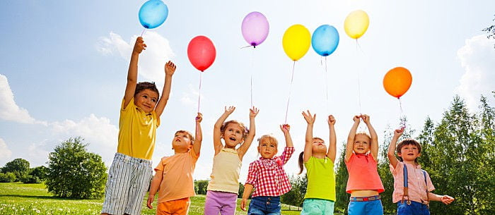 5 indoor games for kids that use balloons for Fun balloon games for kids
