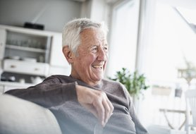 6 common dementia behaviors and how to manage them