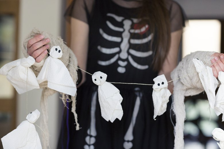 Crazy Easy Halloween Crafts Kids Can Create With Everyday Household