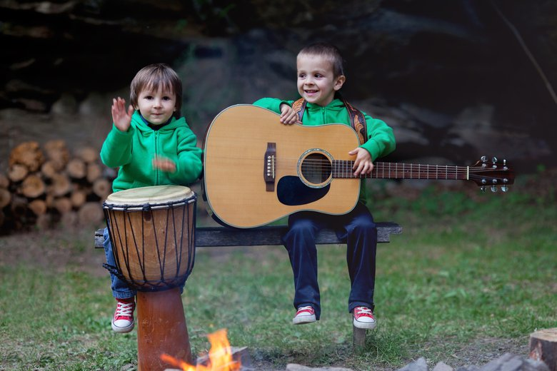 50 Camp Songs Every Kid Will Love To Sing - Care com