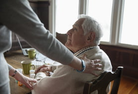 5 expert tips for first-day success as a senior caregiver