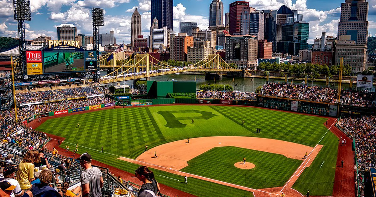 The 7 Best Restaurants To Watch Pittsburgh Sports With Your Kids Care