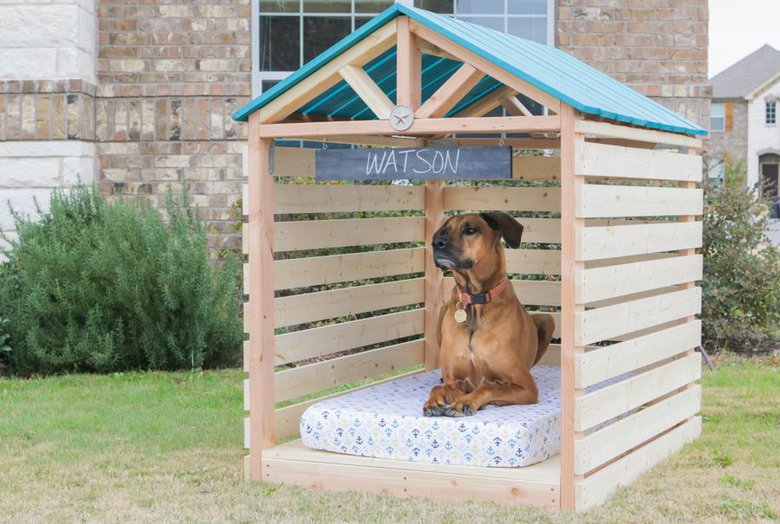 How To Make A Simple Dog Shelter