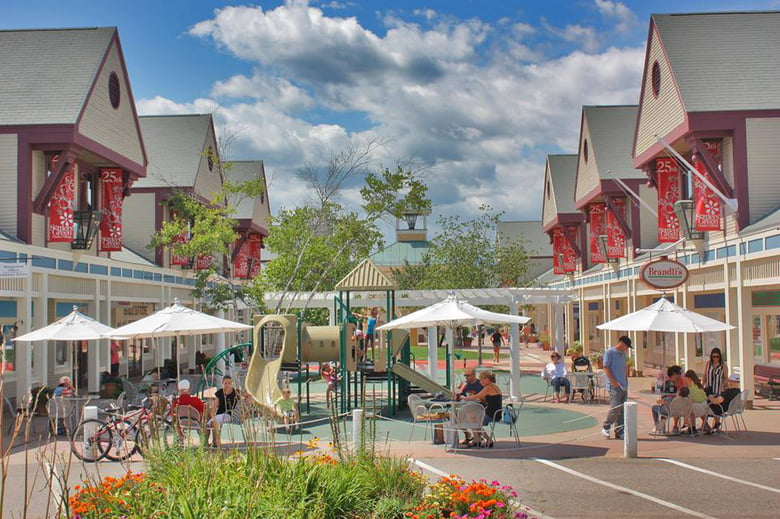 The 10 Best Outlet Malls For Shopping Near Boston - Care com